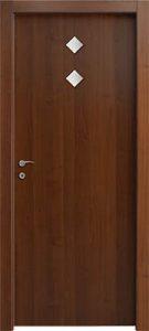 דלתות פנים 2 צוהר מעויין 15X15 במרכז הדלת אגוז