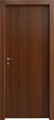 דלת פנים צבע אגוז